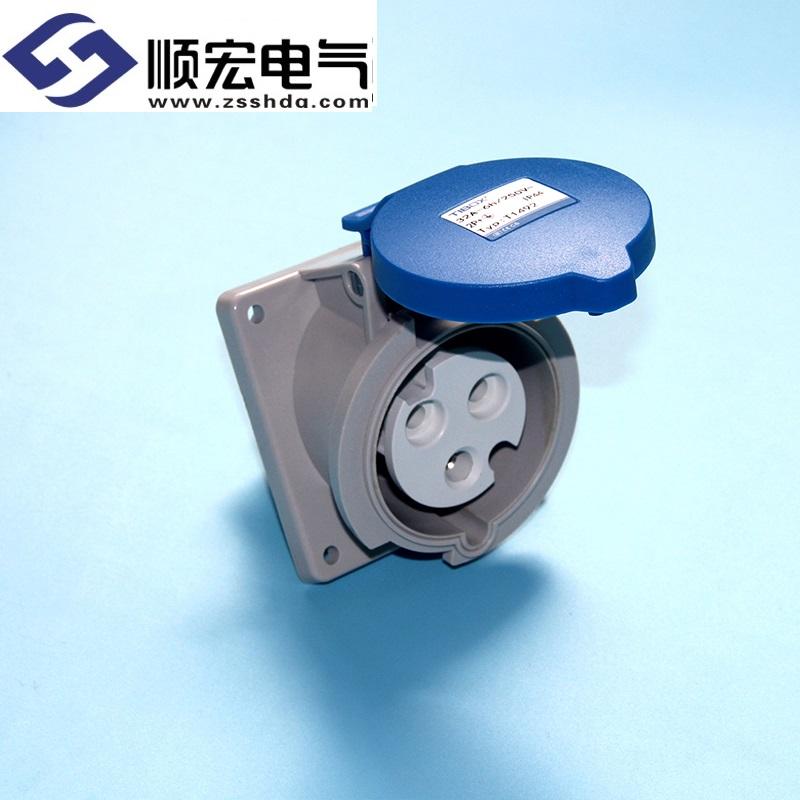 IP44 32A 3芯防水防尘斜插式工业插头插座连接器